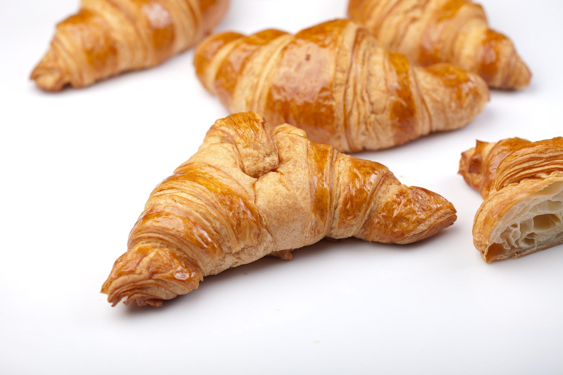 croissant-2413245_1920